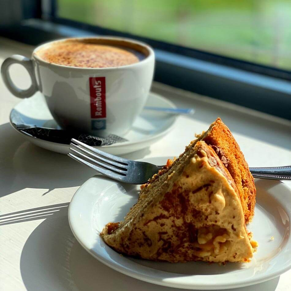 Coffee and cake at Club Cafe Rosedale Sports Club Cheshunt